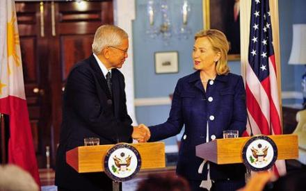 clinton_philipines_us_480x300_state_department