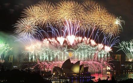 Reuters_Sydney_New_Year_31dec11_480