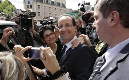 AP-Hollande_mn